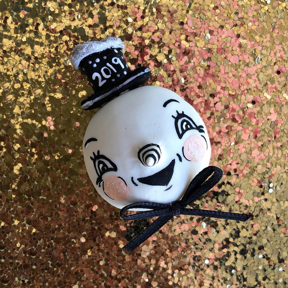 New-Year-Snowman-Spookshowbabe-Johanna-Parker-Snowman-Brooch.jpg