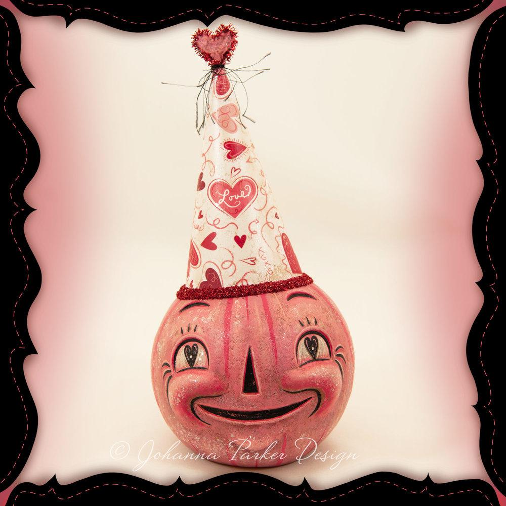 Johanna-Parker-Blushing-Roberto-Valloween-pink-copyright.jpg