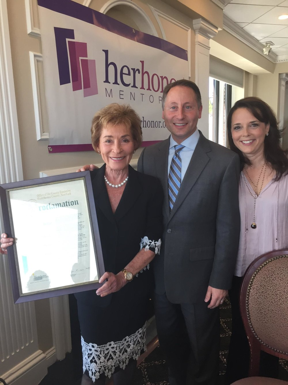 Judge Judy and Nicole Sheindlin accept proclamation for Her Honor Mentoring program