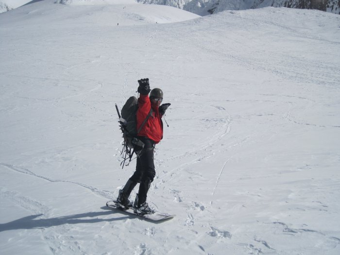 konstantin pullharder pose on mt hood descent