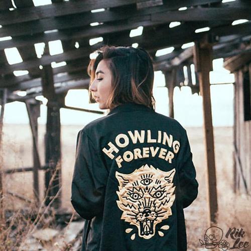 Howling Forever Embroider Design