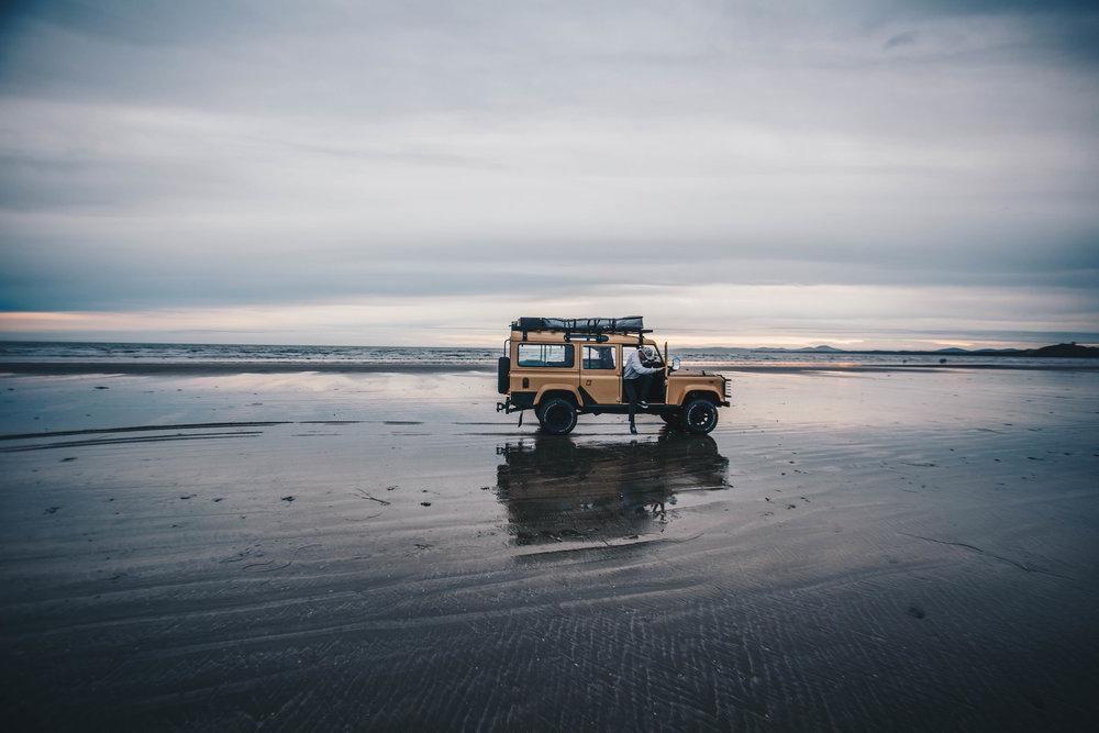 linda on the sand, Porthmadog
