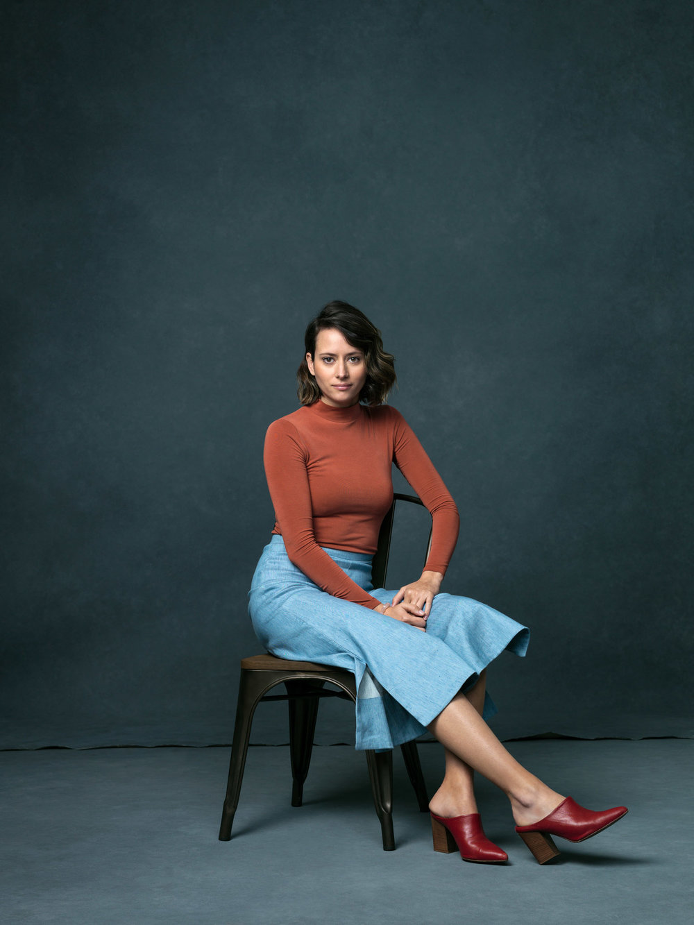 The Principles of Design Woman - Estefania De Ros in the Sway Cropped Pant.
