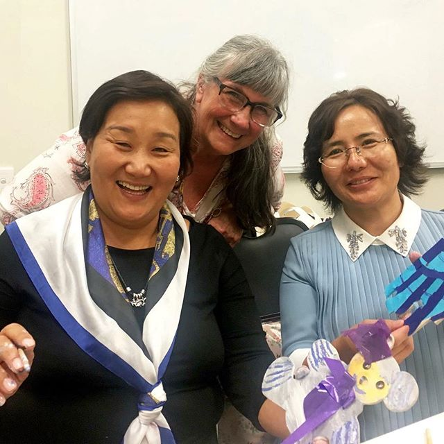 Join us live right now on our Facebook page (link in bio) for a very special Faces of Ikon featuring prominent South Australian Art Therapist, Glenda Needs. Glenda is facilitating art therapy education for two Mongolian students, Bertsetseg Vanjil and Oyun Dorj.  Glenda commenced working with a group of women in Mongolia 2 years ago, assisting them in studying the Graduate Diploma of Art Therapy through the Ikon Institute of Australia. Although traditional forms of counselling or psychology have not flourished in Mongolia, Glenda attributes the popularity of art therapy in the country to the education of Mongolian people in the field. These students have been able to communicate the transformative nature of the practice of art therapy and demonstrate its benefits in a very real way to the people of Mongolia. . . .  #education #student #study #careers #inspire #arttherapy #art #craft #learn #learning #impactyourfuture #success #motivation #mindfulness #educationiskey #creative #hustle