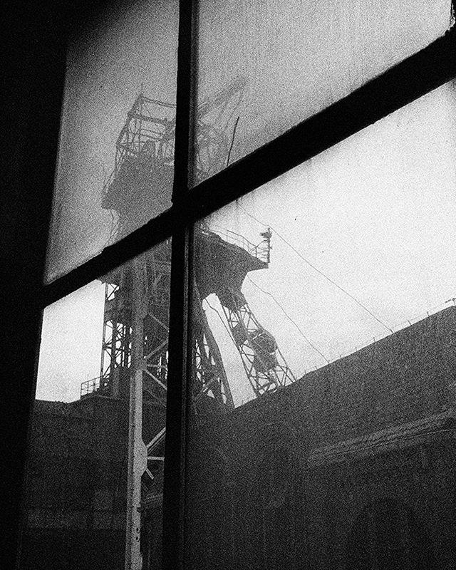 #Archive #CollectifPeriscope  Série L'autre Nuit par Boris Rogez  Ici, les ombres disparaissent, le corps est happé par une étouffante chaleur, la perception s'altère au gré du paysage qui se découvre. [...]