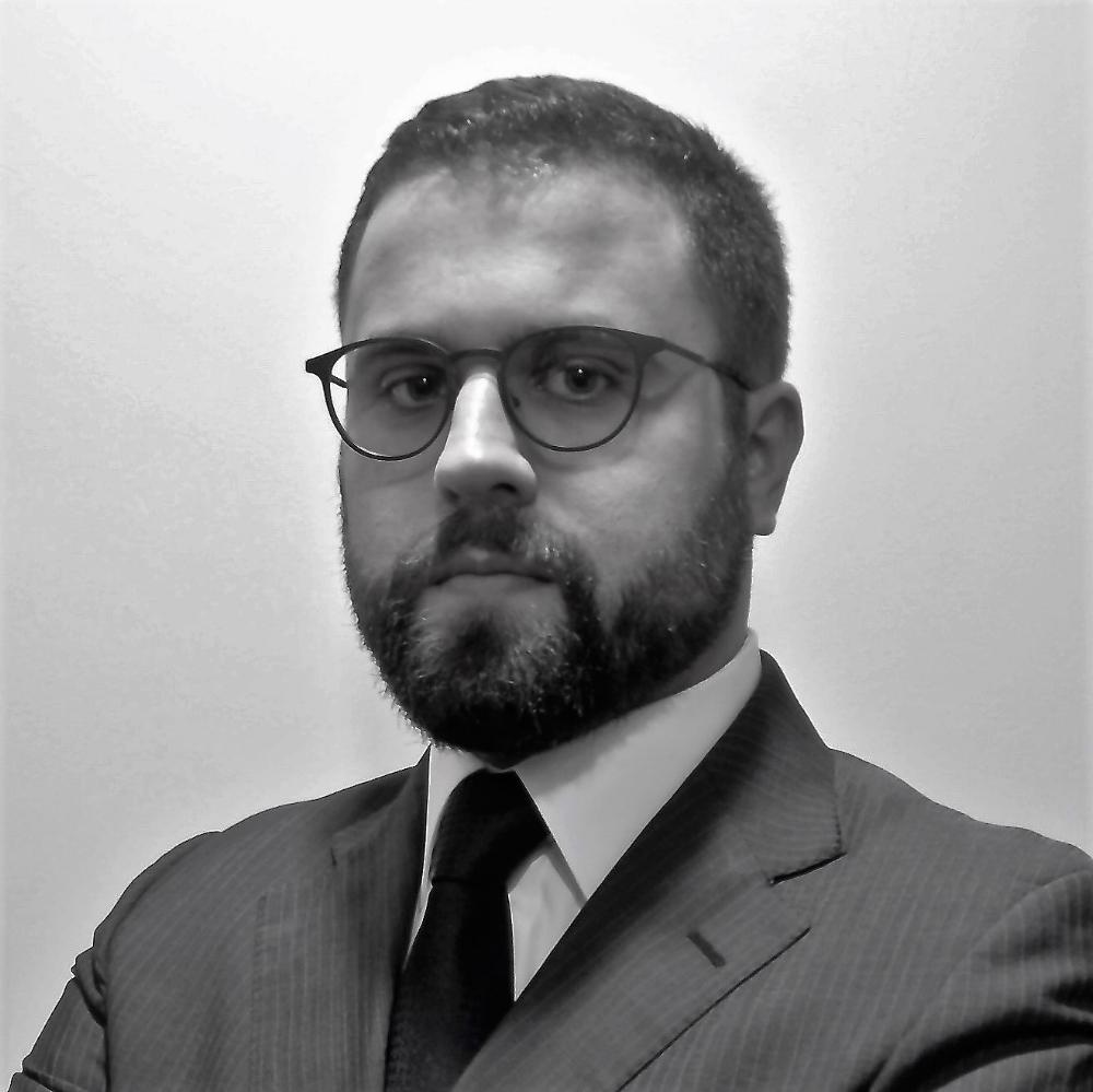 Adão Oliveira   Investment Manager