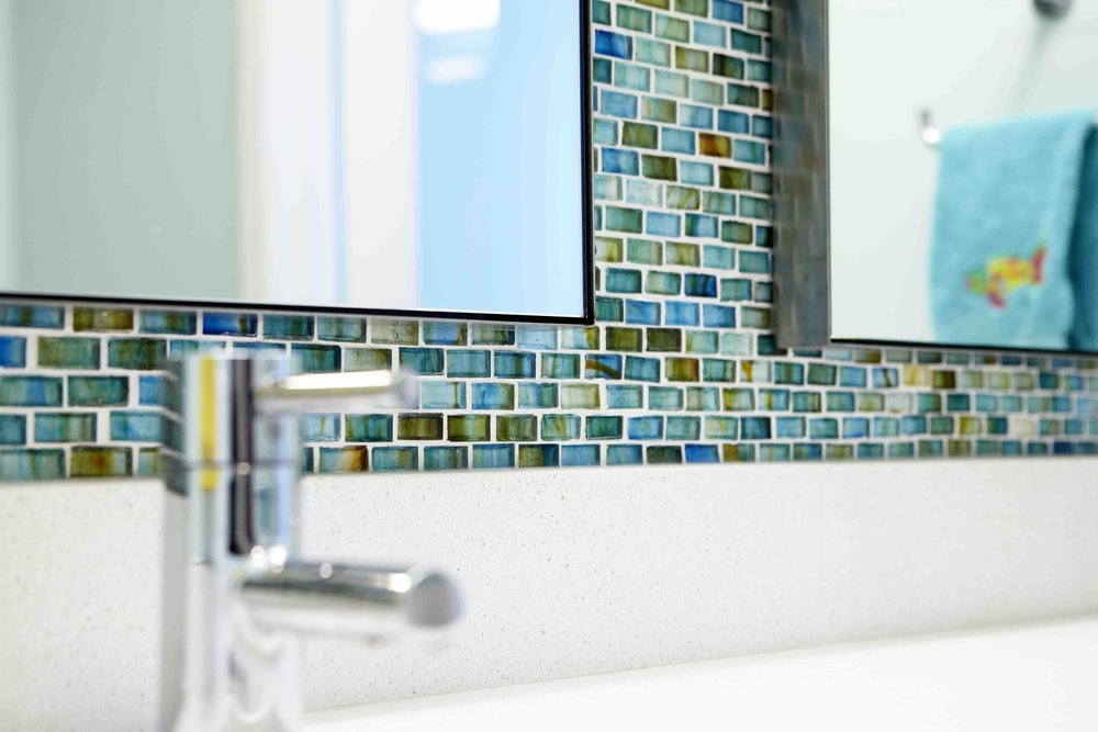 KingsHighway_bathroom_detail 2476.jpg