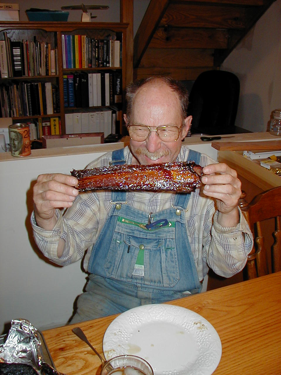 dad and ribs.JPG