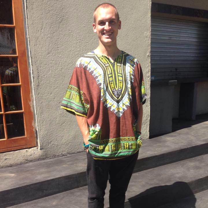 MEETJARED HARRINGTON - CREATE A HOME…BUILD A FUTURETen Thousand Homes is a movement of ordinary people actively building HOPE and creating HOMES for Africa's orphans and vulnerable children.