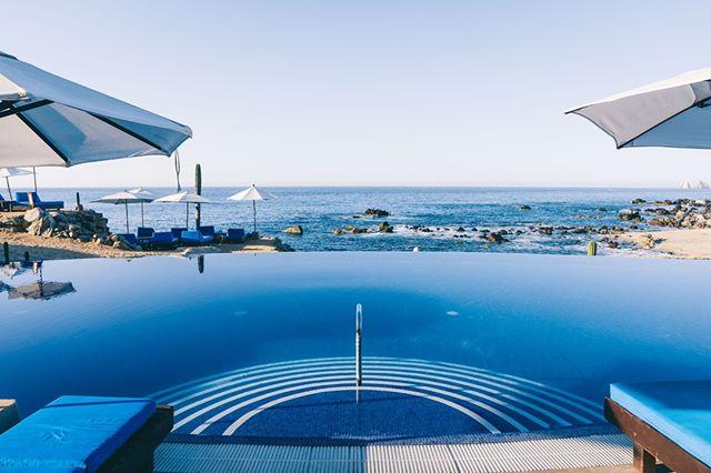 Even more mesmerizing in person  #touristlife #haciendaencantada #livingthedream #funday #cabosanlucas #summer18 #springbreak #infinitypool #sunshine #midtown #oceanview #loversbeach #beachvibes #downtown #palmtrees #pacificocean #oceanlove #tequilashots #potd #cabosanlucas #beachlife #blueskies #instacool #luxuryvacation #travelingram #adventuretime #baewatchcabo #wanderlust