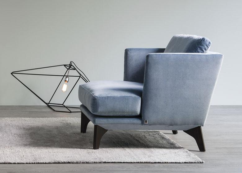 teaser-bw-armchair-polo-living.jpg
