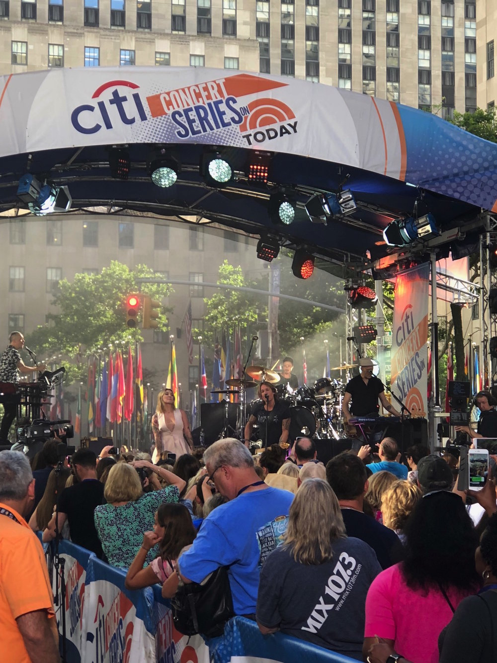 Keith Urban performing live on the plaza.