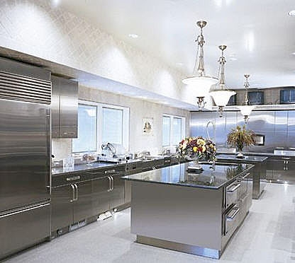 Stainless-Steel-Kitchen-2