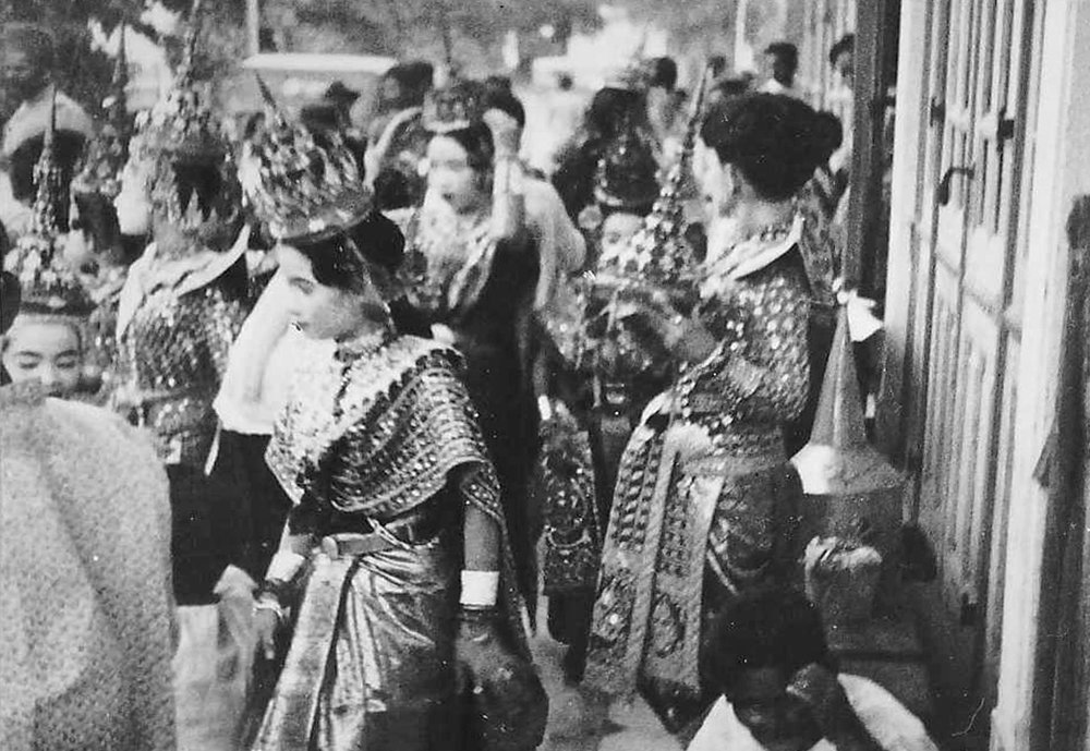 The King's Siam Dancers