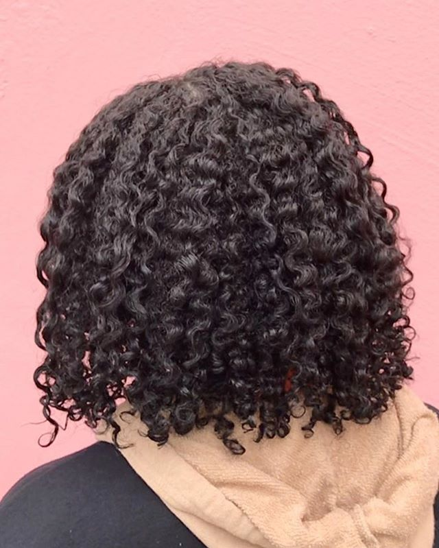 T E X T U R E  Curls on the go, with just one product! Our Shine & Define Texture Mousse will be restocking very soon!
