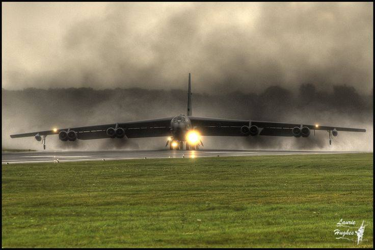 b52 on launch.jpg