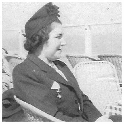 Claire Perlbeger at Zandvoort Beach - 1937