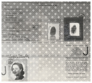 Margaret Lichenstern's Dutch ID card with designated letter 'J'