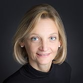 Anne-Thérèse Ventura has over 20 years of experience in HR in the public and private sectors