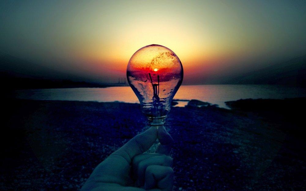 light-bulb-in-the-sunset-15775.jpg