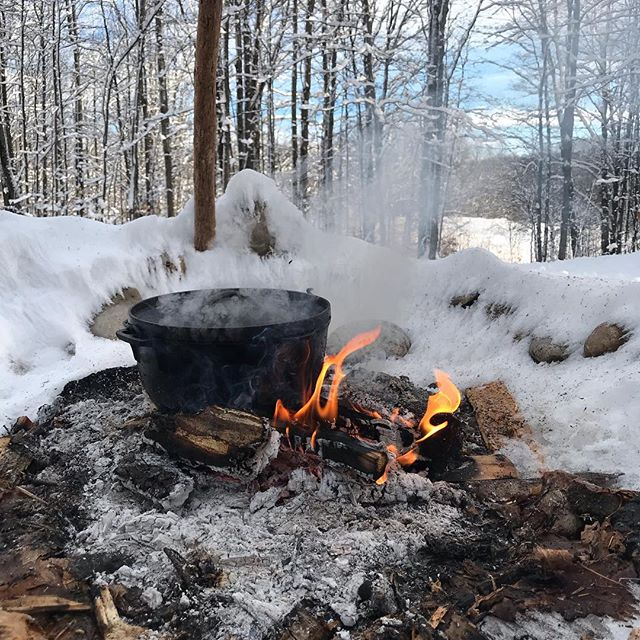 First day of 2019's events. More of this in 2019.  #michiganwinter #puremichiganwinter #outdoorcooking #snowshoeing #redheeler