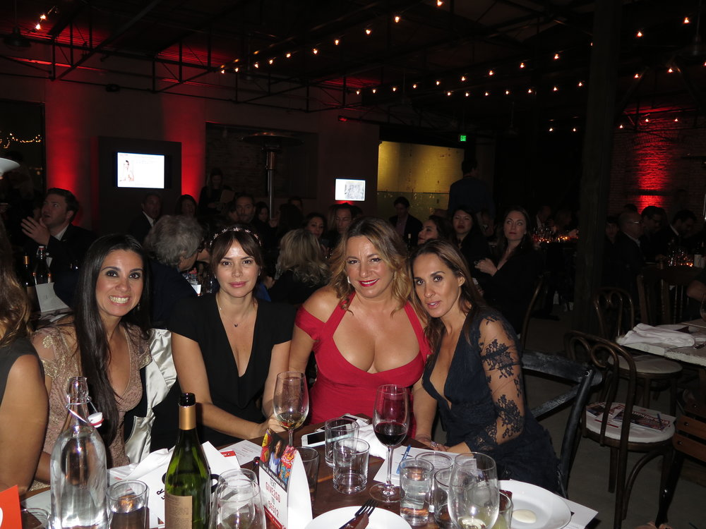 Cris Carolina Selma Jayma GoGo Gala .JPG