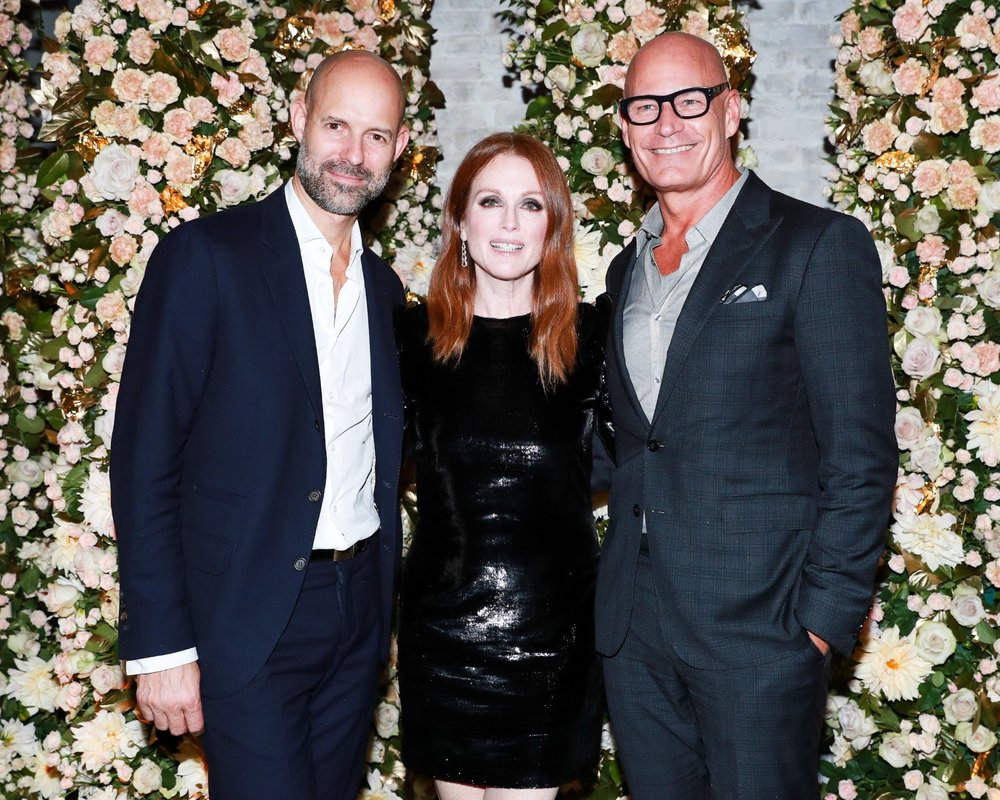 Julianne Moore, Robert Hanson
