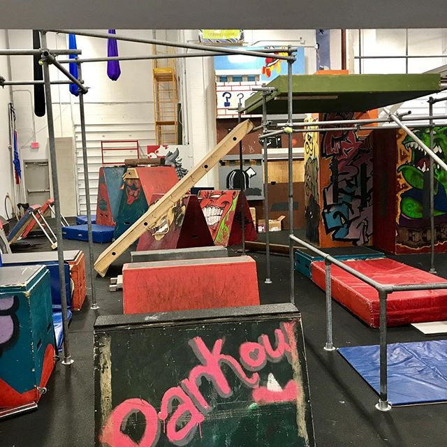 At Ninja Warrior Night @urbanevoalexandria #Vrypac #parkour #freerunning #obstacles #obstaclecourse #toughmudder #spartanrace