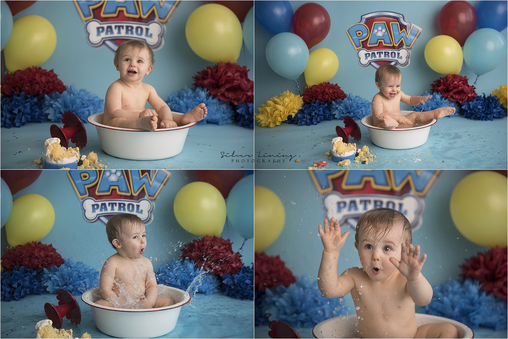 After the smash, we usually end with a bath to clean all that cake off! Carson clearly loved his tubby :)