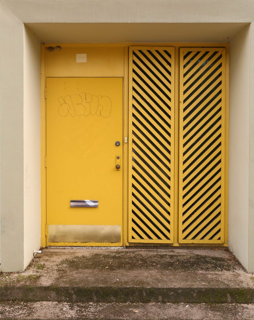 yellowdoororlando.jpg