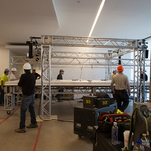 SERVICE & MAINTENANCE OF LIGHTING SYSTEMS