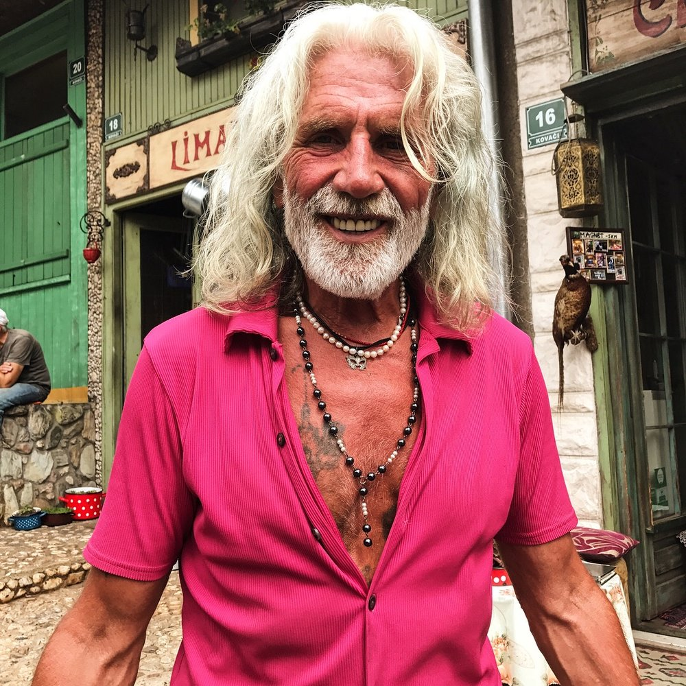 Hussein! The original vagabond. Alright, obviously not the original, but this guy is cool as hell. ✌️ From Bosnia, he spent 22 years living in Italy and other countries, eventually coming back to Sarajevo to open Cajdzinica Dzirlo, a colorful teahouse he runs with his wife, Dijana. 🇧🇦