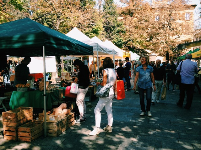 Weekend farmers' market.