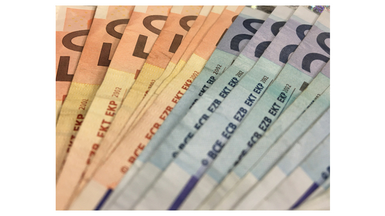 euro currency is used by 19 eu countries