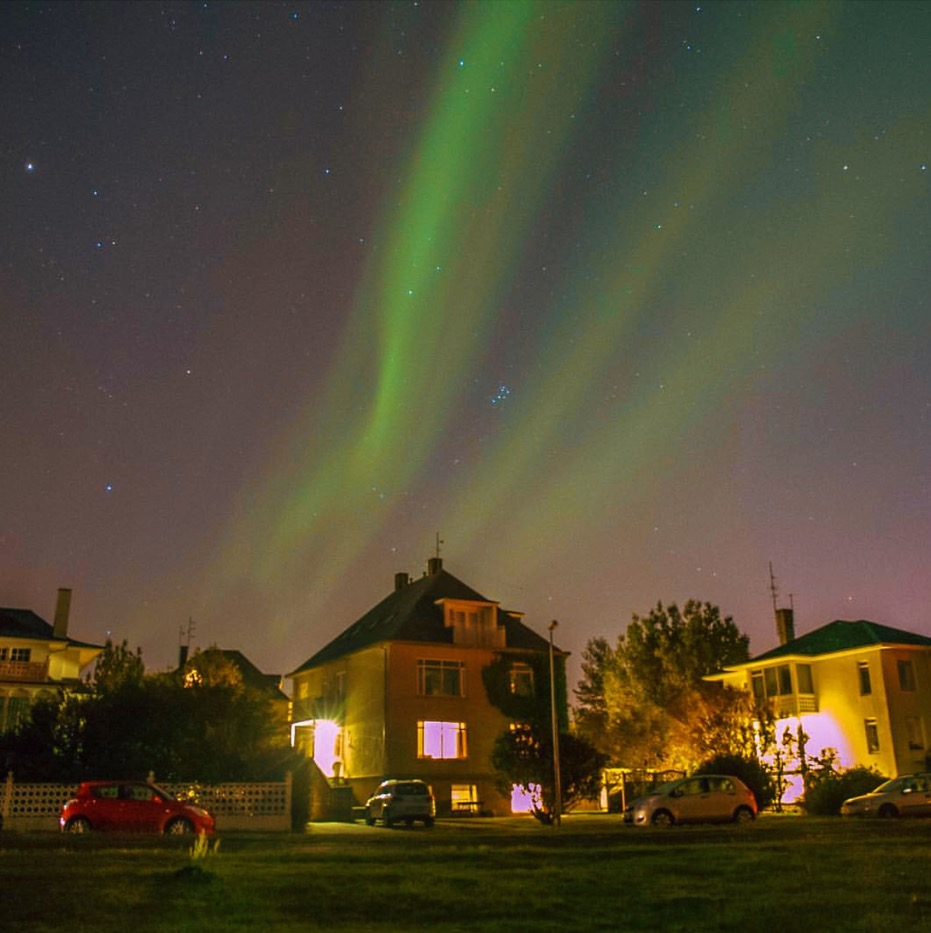Want to see the Northern Lights in Iceland? Autumn or early spring is the best time to go. Photo by  Kaelene .