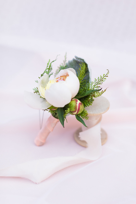 Bridal Session Florals-LR Modified-0007.jpg