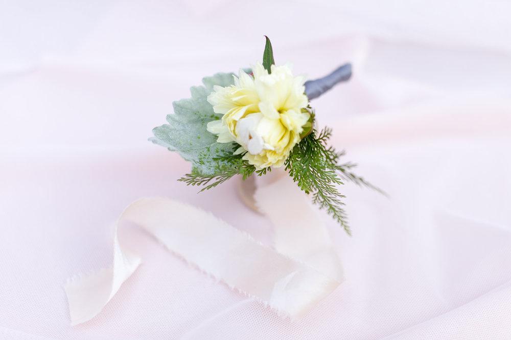 Bridal Session Florals-LR Modified-0009 (1).jpg