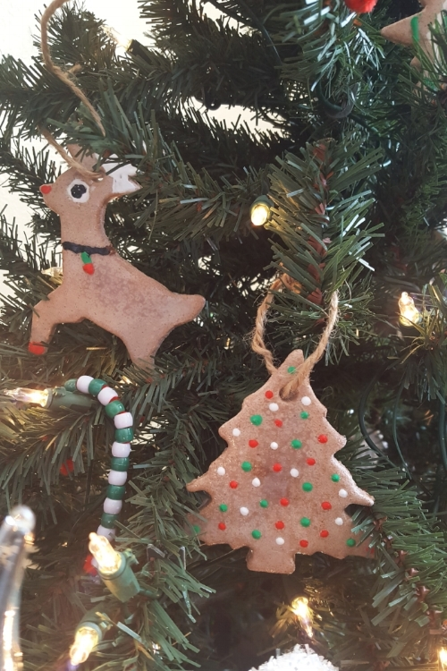 close up of ornaments on tree.jpg