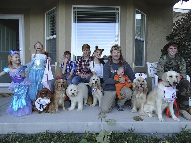 Halloween Kennel Krew!