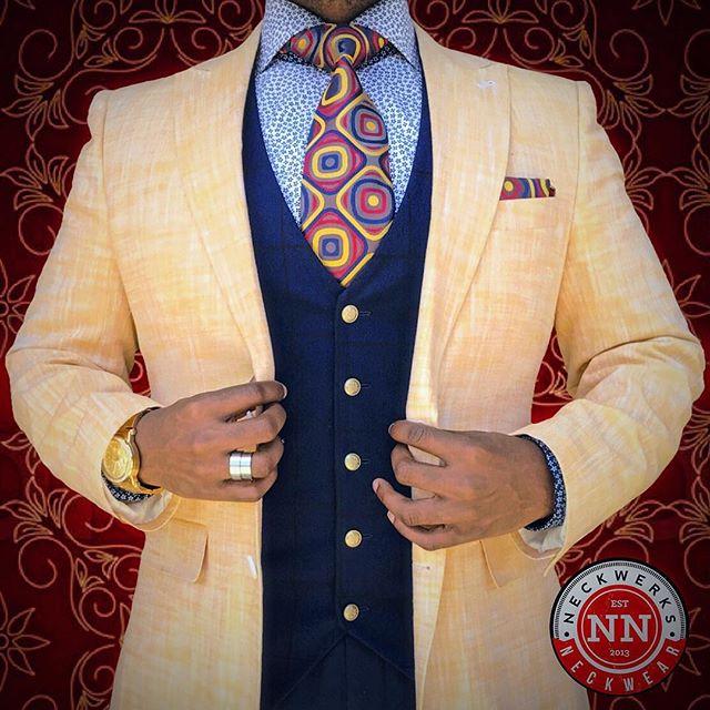 Spring...Forward www.neckwerksneckwear.com #NeckwerksNeckwear #lovelife  #befree #gentlemanstyle #guyswithstyle #fashion #dailystylehunt #dapperlydone #dappermen #styleoftheday #simplydapper #styleiswhat #suitandtie #photooftheday #menswear #mensfashion #mensmagazine #menwithclass #menwithstyle #menisterofstyle #mensfashionpost  #mensfashionreview #mensfashionblogger #menwithstreetstyle #blackmenwithstyle #blackmenwithbeards  #Springtime