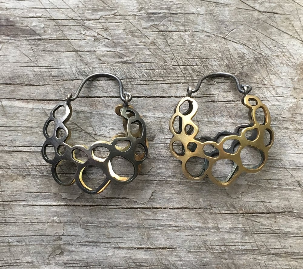 18k yg and oxidized silver basket earrings