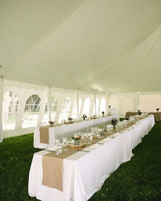 Beautiful Table 📷 @francesbeattyphoto . . . . . #sequelinncreemore #wedding #weddinginspiration #barn #barnwedding #barnvenue #ontariobarnvenues #creemore #collingwood #toronto #weddingceremony #weddingbarn #farmwedding #barnweddingvenue #weddingfloral #fallweddings