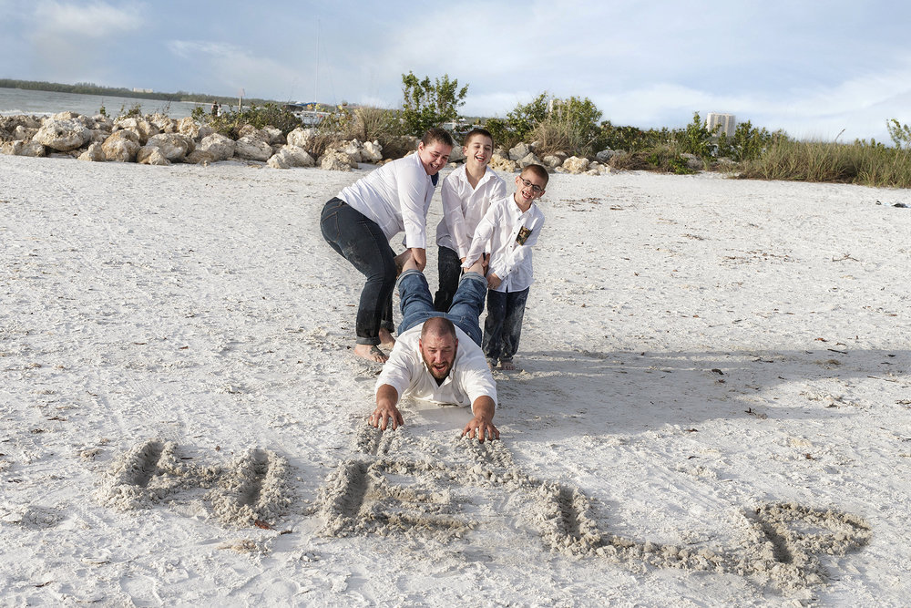 Fort Myers Family Photographer.jpg