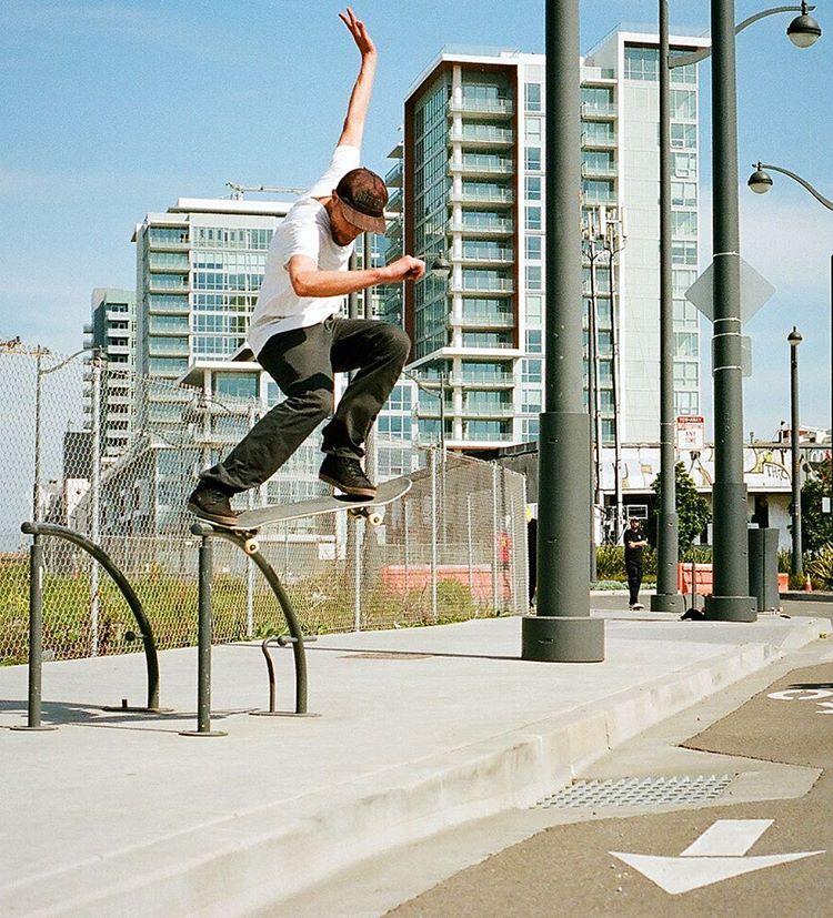 HigherEd-AndyPitts-Skate1.jpg