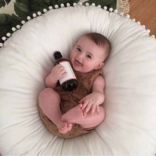 Meet our new spokesbaby 😍😍😍 thanks for the share @annespallino ❤️❤️ #kombucha #thebuchashop #instababies