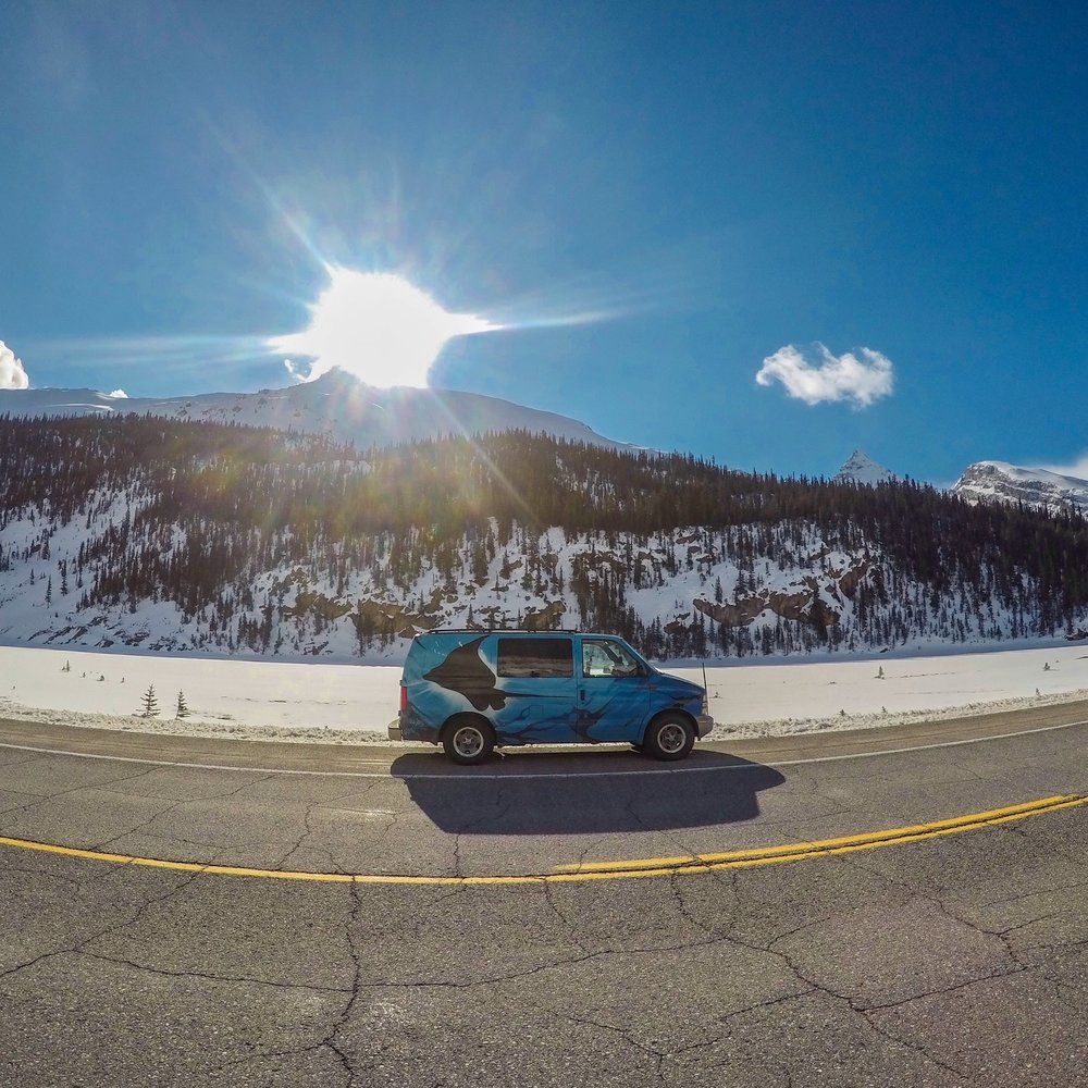 Roadtripping along the Icefields Parkway
