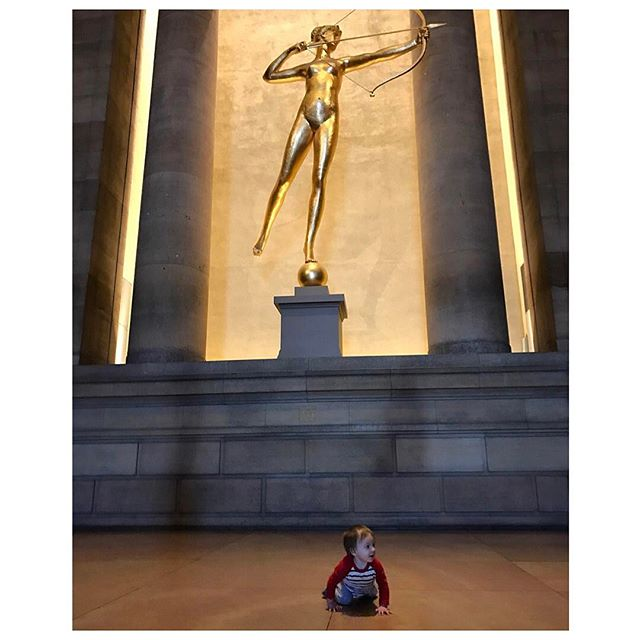 #aidanjamesbuday with augustus saint-gaudens' golden #goddess diana #philly 🏹