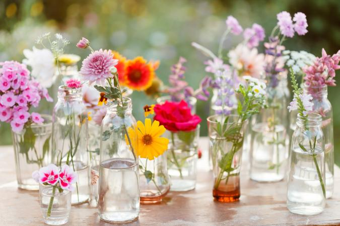 203066-675x450-springflowers.jpg