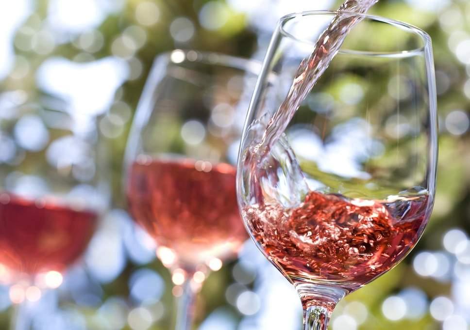 glass-rose-wine.jpg