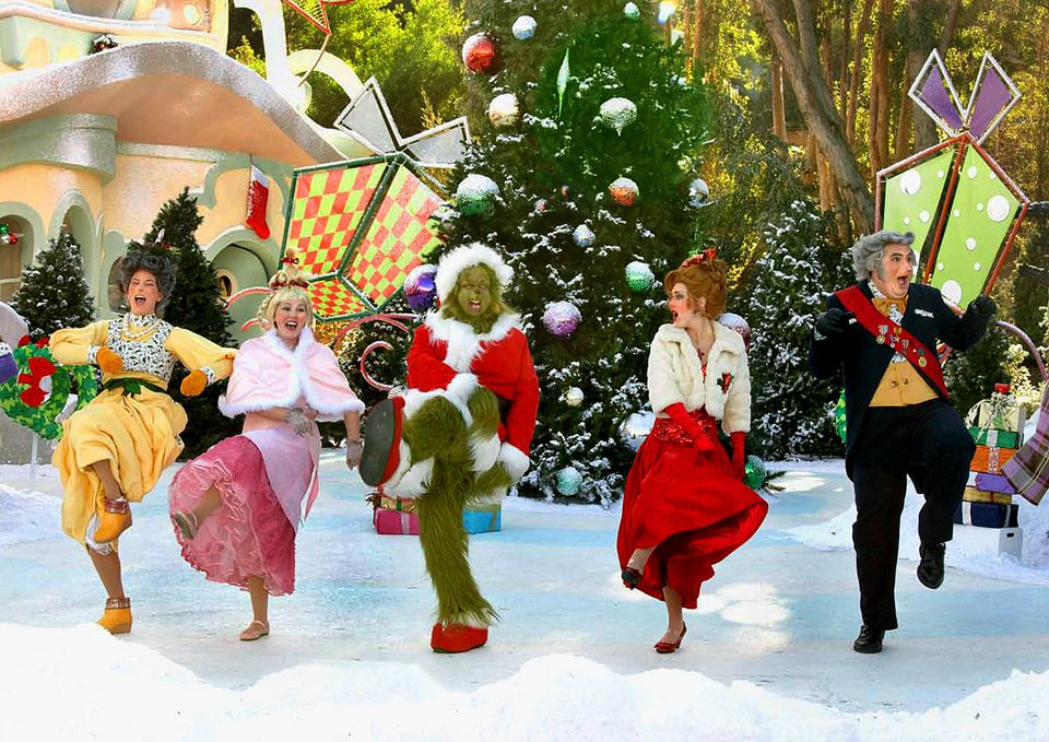 Universal Hollywood Grinchmas Show
